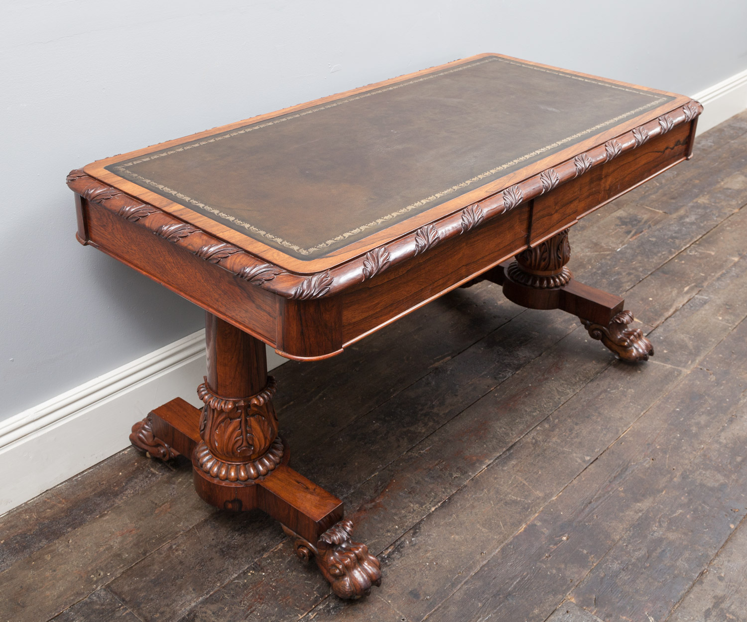 Library Table – AF079